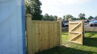 Services | Fence Protector Staining & Sealing